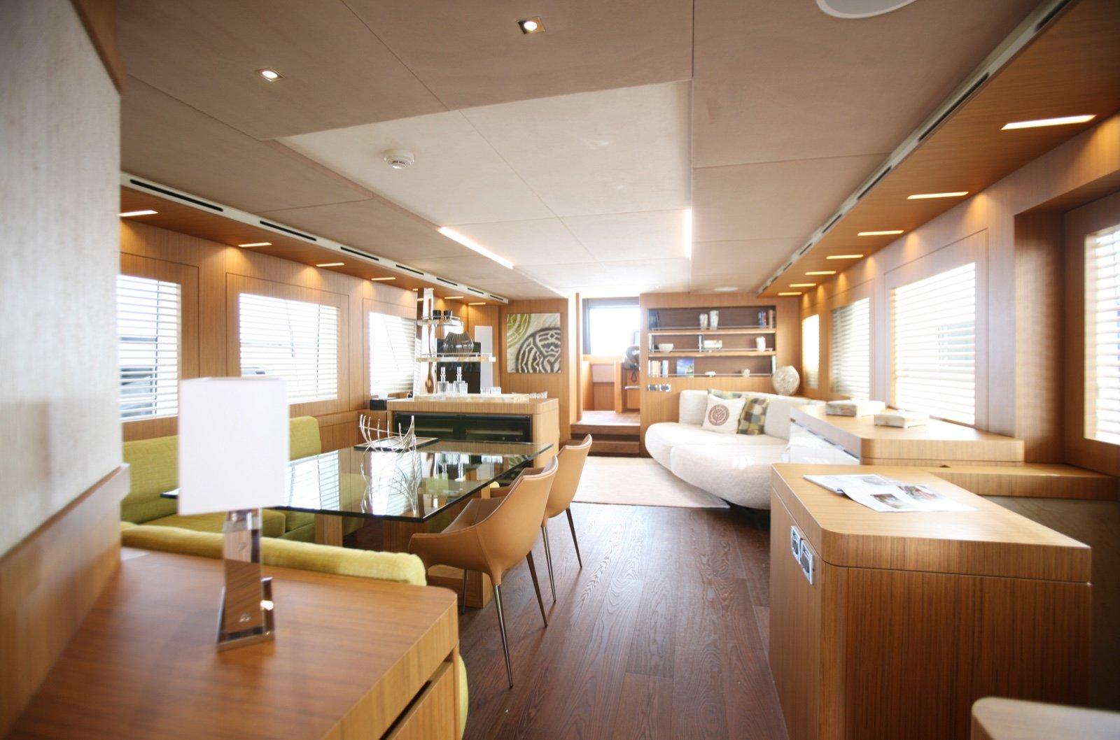 superyacht-yolo